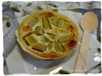 Tartelettes rhubarbe-cardamome